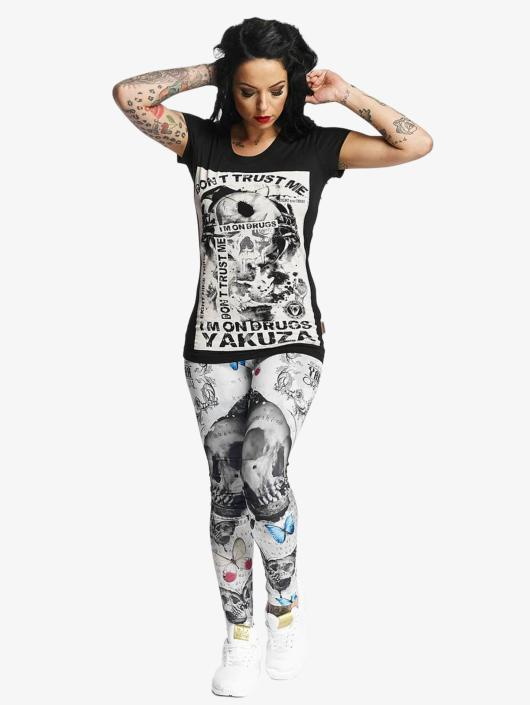 Yakuza T-skjorter Don't Trust Me svart