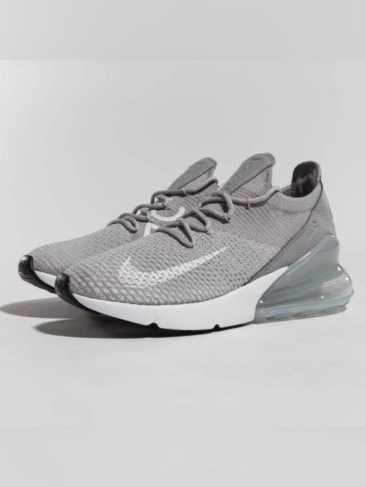 ... Nike Baskets Air Max 270 Flyknit gris ...