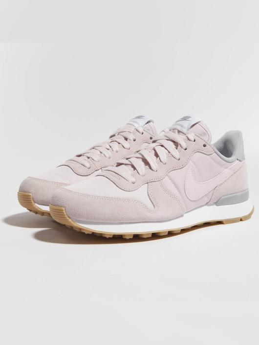 online retailer 6ec9d 1eb38 Nike Baskets Internationalist rose