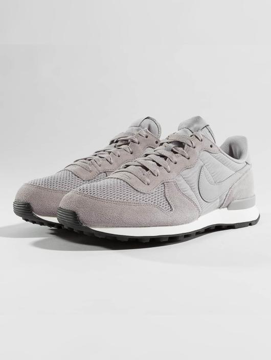 huge discount 54976 88288 Nike sneaker Internationalist grijs; Nike sneaker Internationalist grijs ...