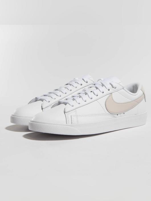 Nike Sneakers Blazer Low Le Basketball white
