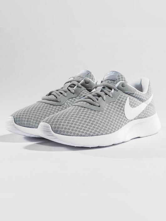 Nike Tennarit Tanjun harmaa  Nike Tennarit Tanjun harmaa ... 9664de95cf