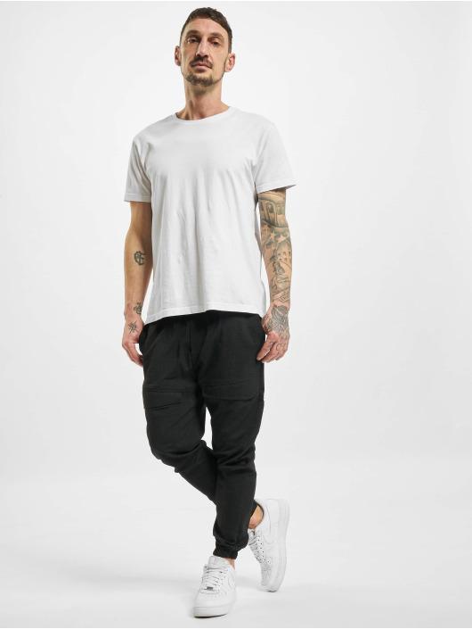 2Y Chino pants Max black