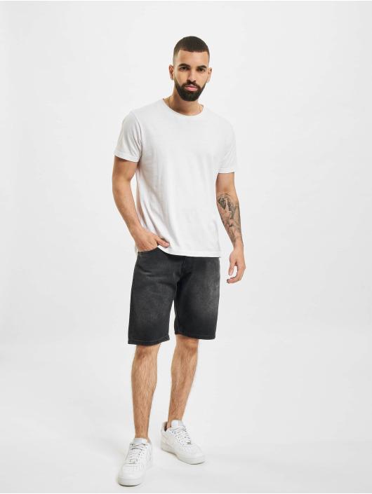 2Y Shorts Tyler nero
