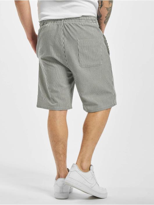 2Y Shorts Striped svart