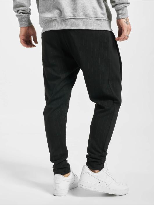 2Y Spodnie do joggingu Akif czarny