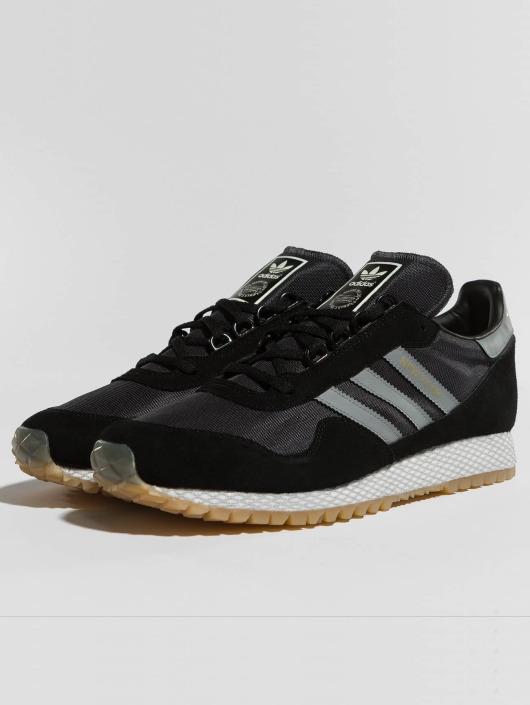 adidas originals Snejkry New Yorck čern