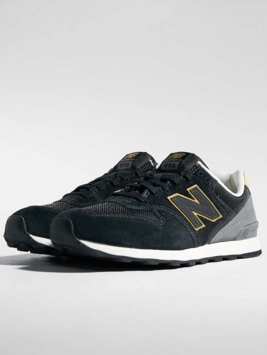 7977fc2762cd ... New Balance Baskets WR996 noir ...