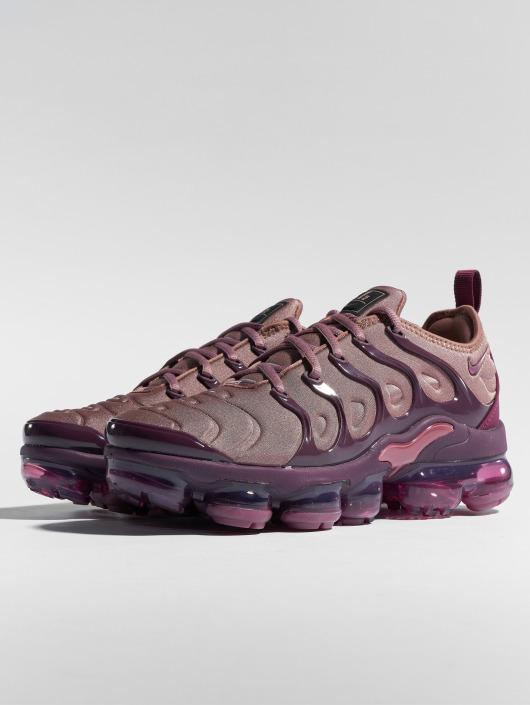 ... Nike Baskets Air Vapormax Plus pourpre ...