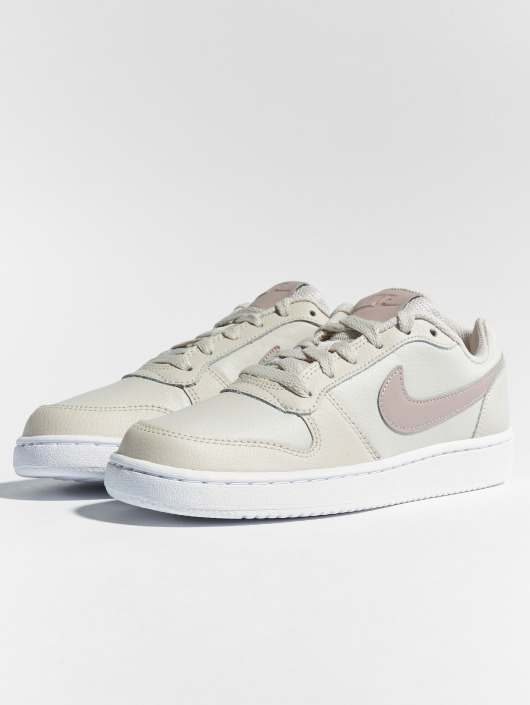 super popular 835ab eb185 ... Nike Sneakers Ebernon Low beige ...