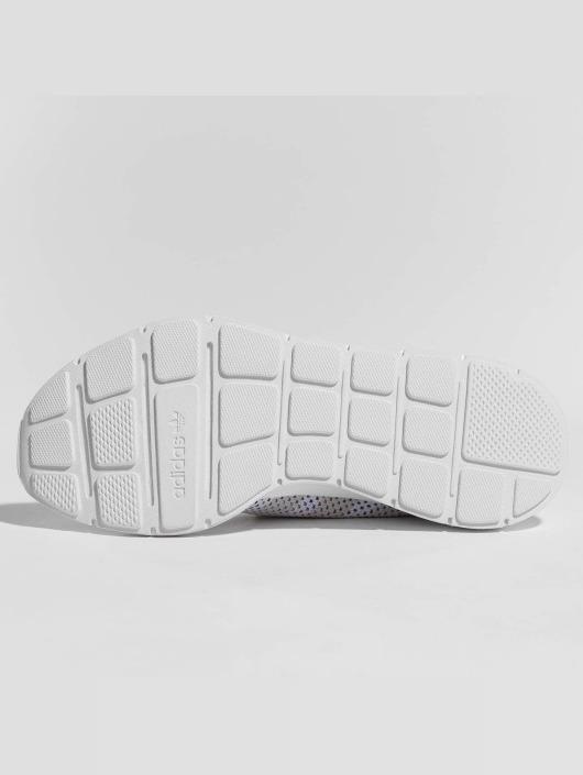 adidas originals Сникеры originals Swift Run Primeknit белый
