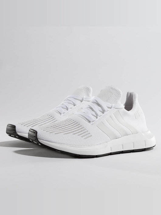 Run Homme Swift 370836 Blanc Baskets Adidas Originals fxEHqOPUH