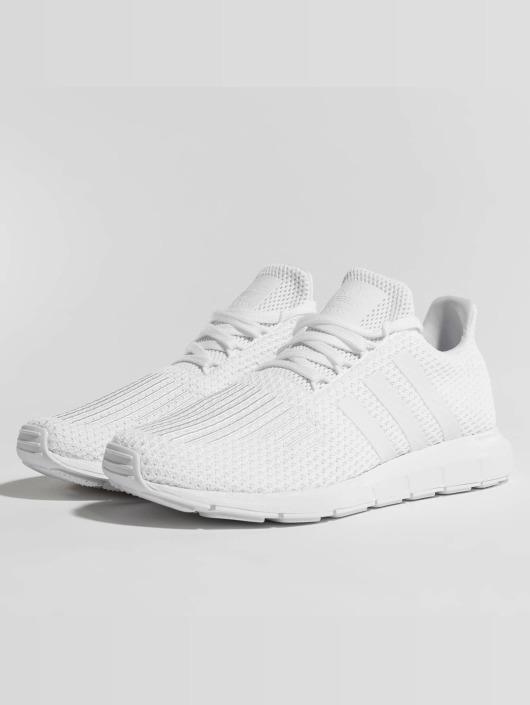 Originals Blanc Adidas Swift Femme Run 437441 Baskets ZwFzdUq