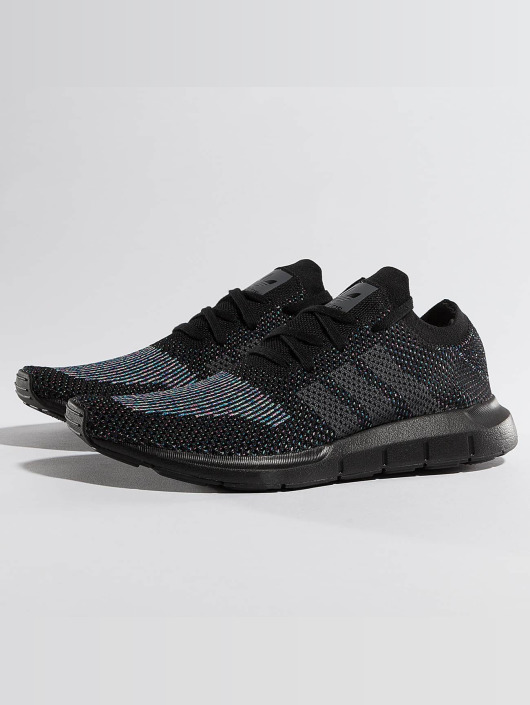 adidas originals Sneaker Swift Run Primeknit schwarz