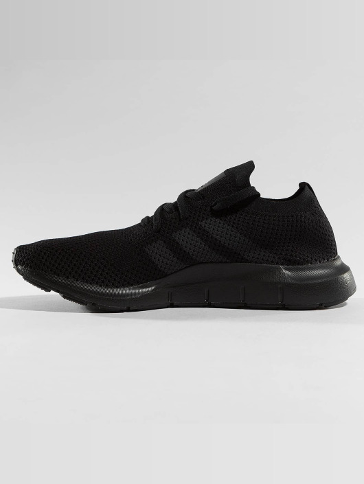 adidas originals Sneakers Swift Run Pk czarny