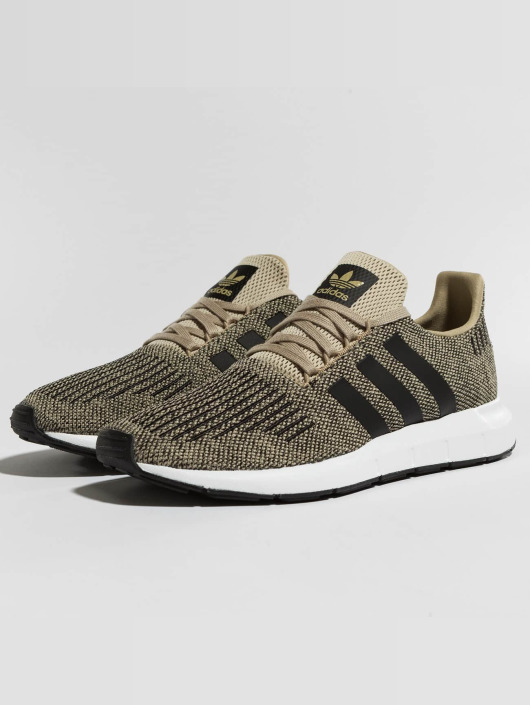 adidas originals Sneakers Swift Run gold