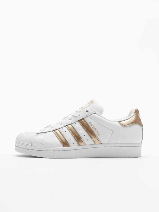 free shipping 722eb 4d831 ... adidas originals Sneakers Superstar W vit ...