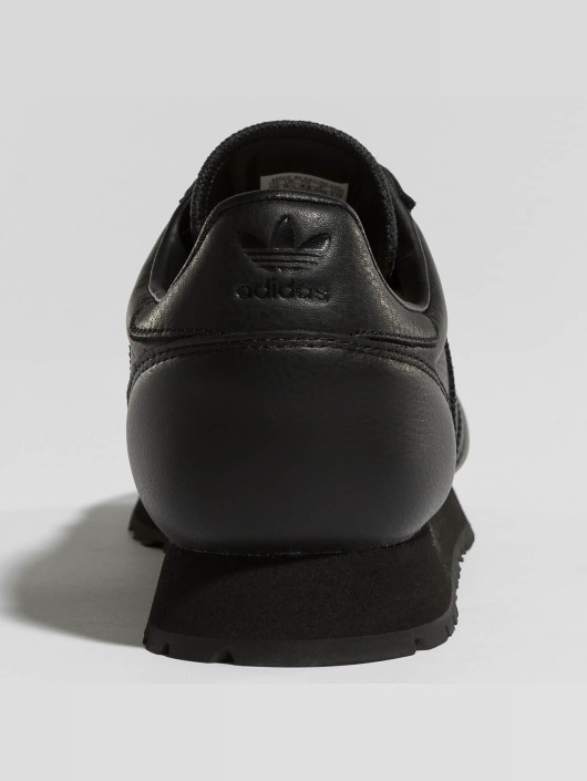 adidas originals Snejkry Heaven čern