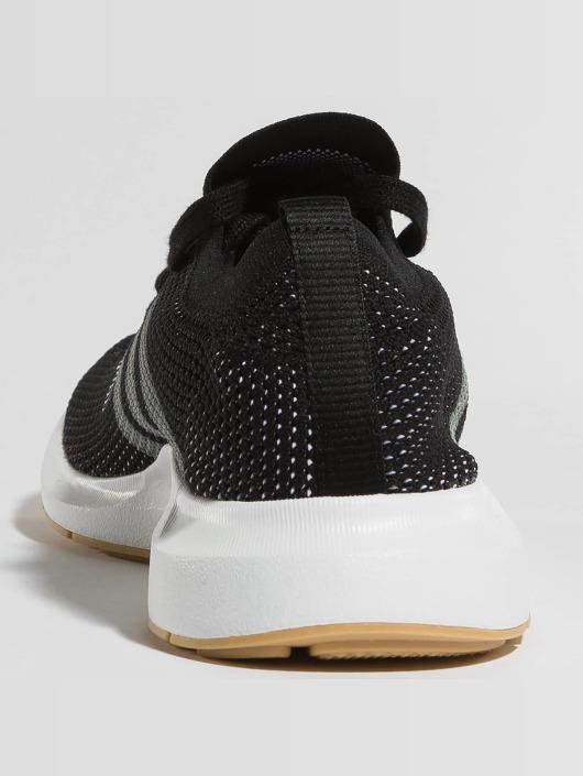 adidas originals Tennarit Swift Run PK musta