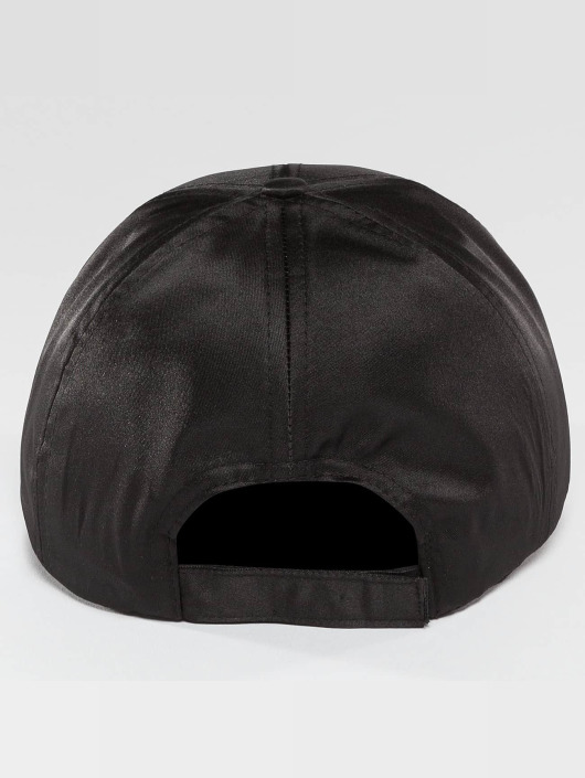 Bangastic Snapback Cap Satin black