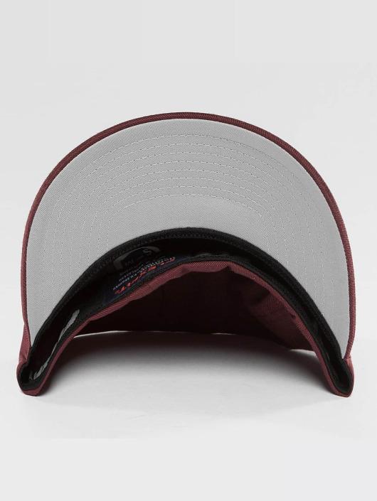 Cleptomanicx Flexfitted Cap Flex rot