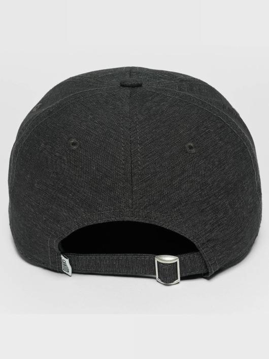 Djinns Snapback Caps Jersey Girl Dad svart