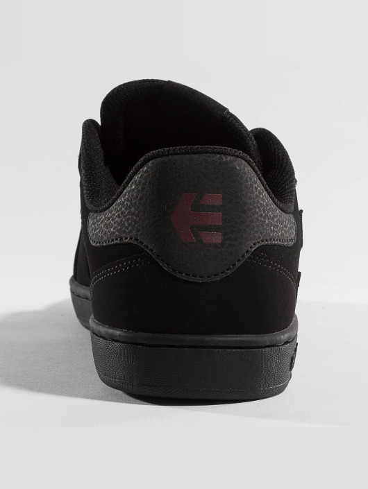 Etnies Sneakers Fader Low Top sort