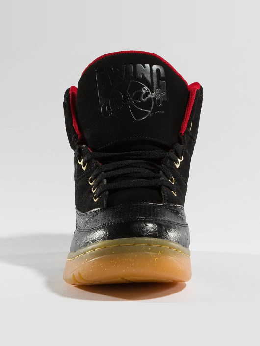 Ewing Athletics Sneakers 33HI Rick Ross MMG czarny