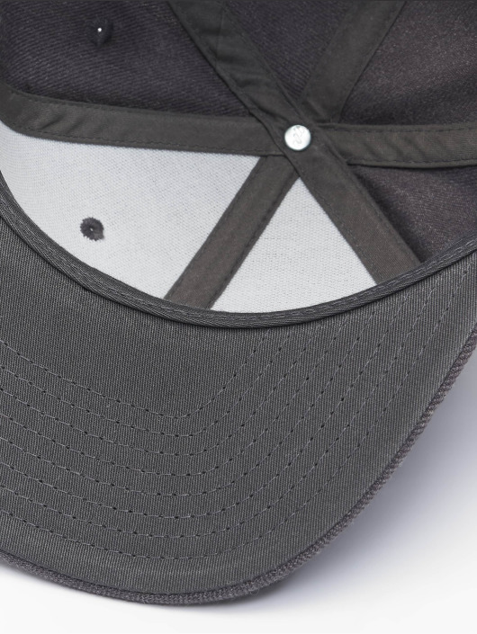 Flexfit Кепка с застёжкой Classic серый