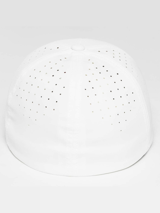 Flexfit Flexfitted Cap Perforated weiß