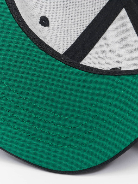 Flexfit Snapback Caps Pro-Style czarny