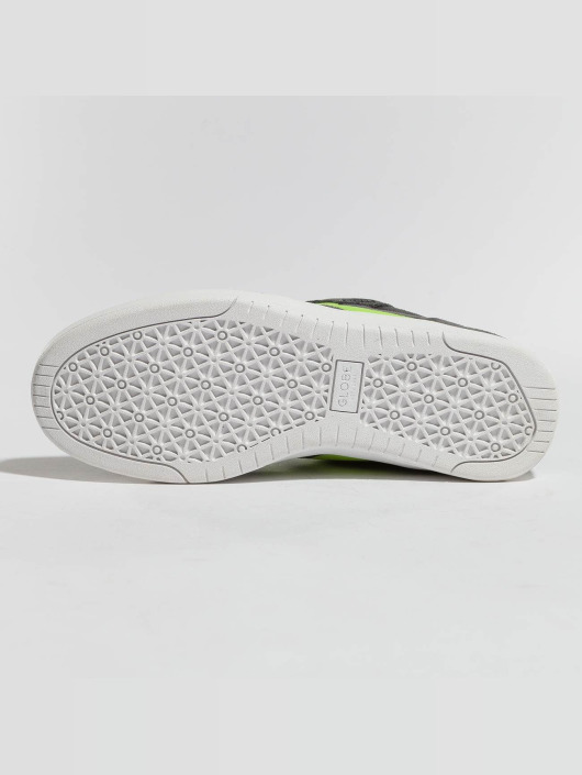 Globe Sneaker GBOCTAVE grau