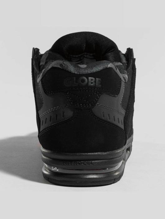 Globe sneaker Sabre zwart