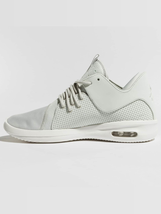 Jordan Sneaker Air First Class weiß