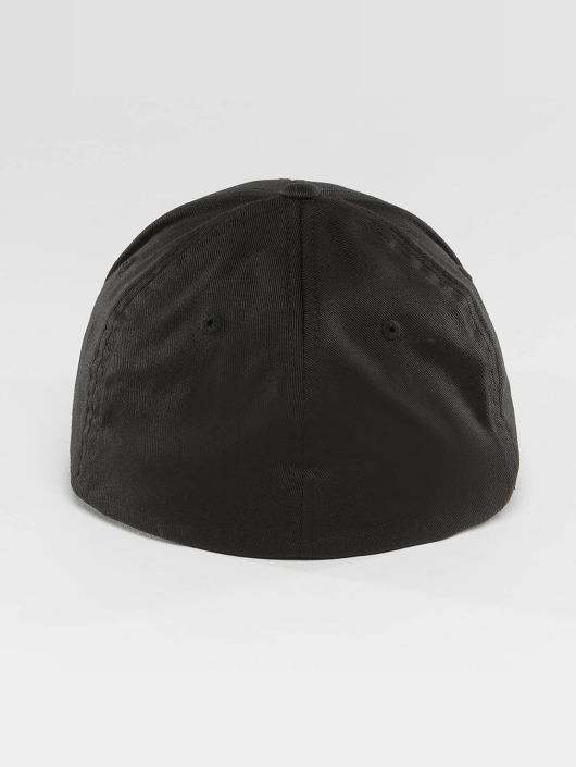 Merchcode Flexfitted Cap Guns n Roses black
