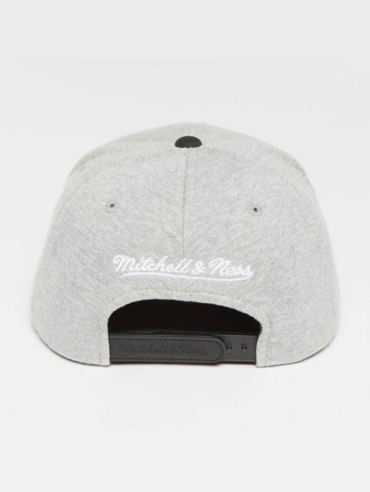 Mitchell & Ness Snapback Cap The 3-Tone Own Brand Pinscript grau