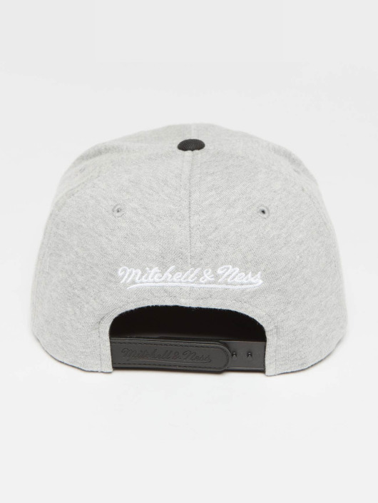 Mitchell & Ness Snapback Cap The 3-Tone NBA Chicago Bulls grey