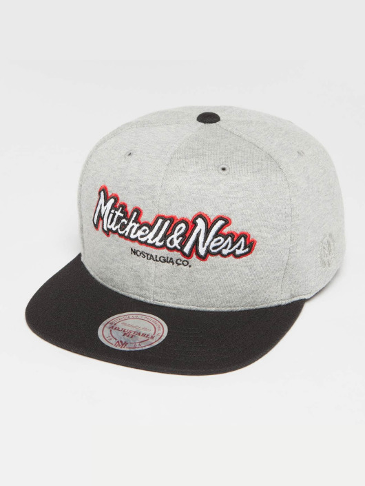 Mitchell & Ness Snapback Caps The 3-Tone Own Brand Pinscript grå