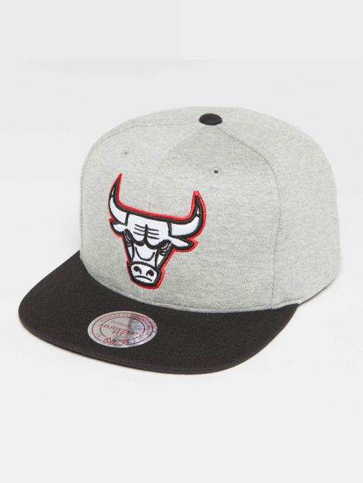Mitchell & Ness Snapback Caps The 3-Tone NBA Chicago Bulls szary