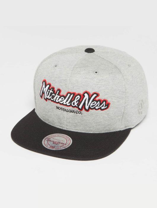 Mitchell & Ness Snapback Caps The 3-Tone Own Brand Pinscript szary