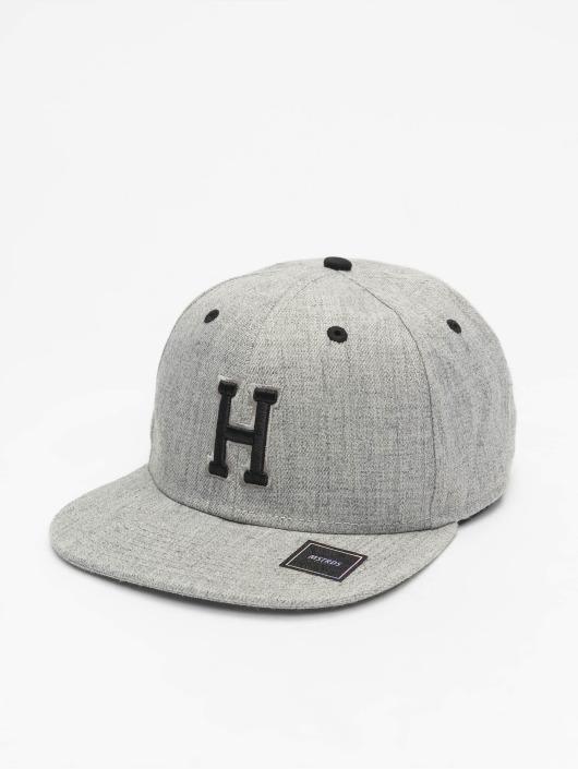 MSTRDS Snapback Caps H Letter šedá