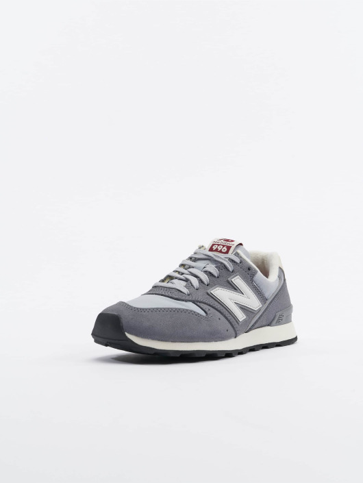 New Balance Sneaker WR996VCC grau