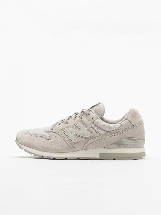 New Balance Sneaker MRL996LK grau