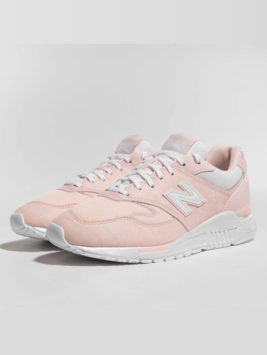 New Balance sneaker 840 rose