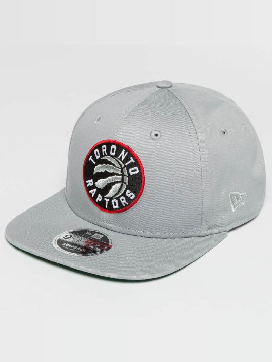 New Era Кепка с застёжкой NBA Classic Toronto Raptors серый