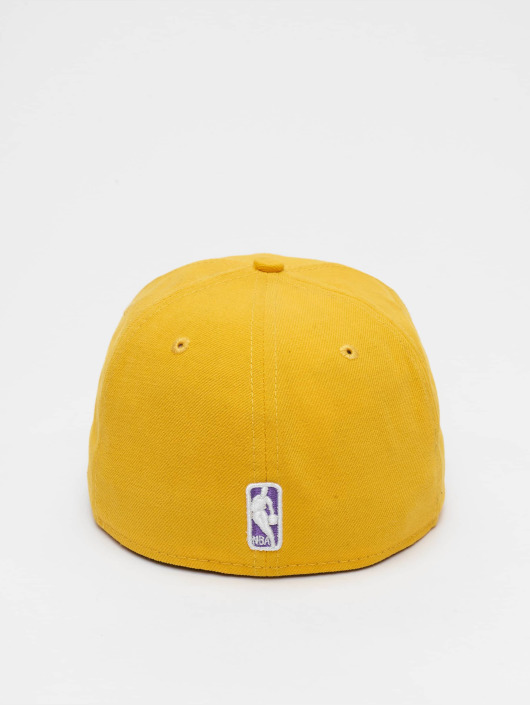 New Era Gorra   Gorra plana NBA Basic LA Lakers 59Fifty en amarillo ... 635e1562030