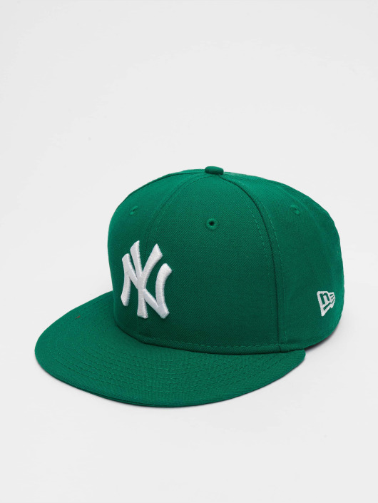50d10c1ca5277 New Era Gorra   Gorra plana MLB Basic NY Yankees 59Fifty en verde 15751