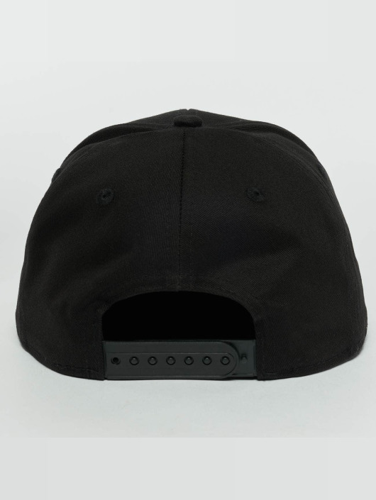 New Era Snapback Cap Metal Badge NY Yankees schwarz