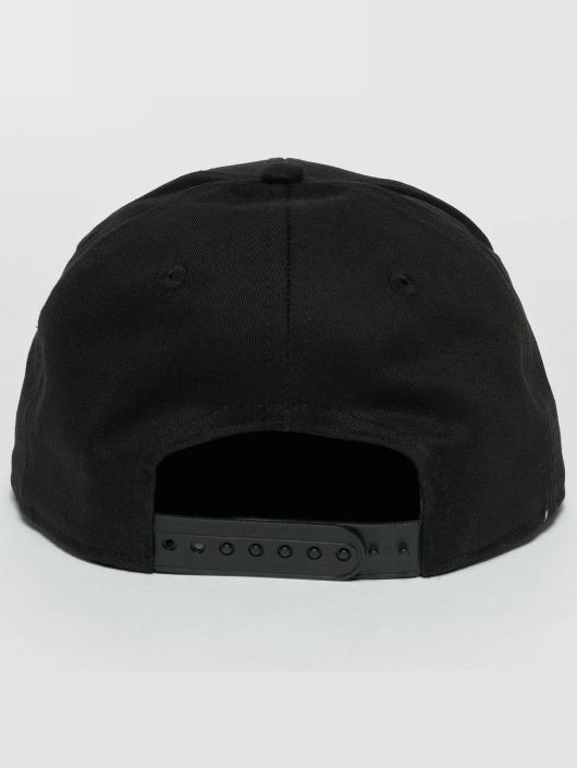 New Era snapback cap Metal Badge Cleveland Cavaliers zwart