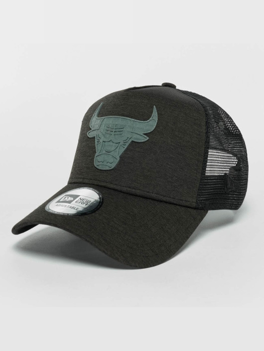 New Era Trucker Caps Concrete Jersey čern
